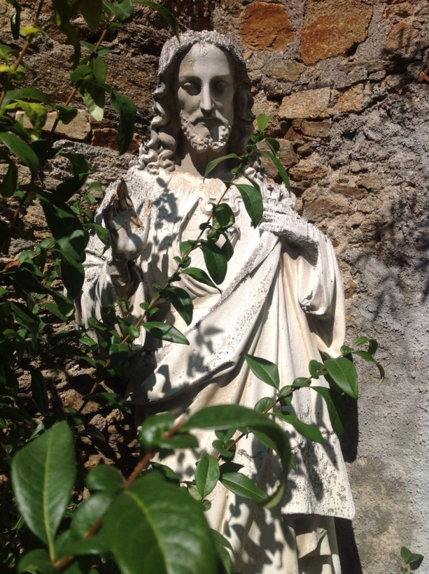 Cholet le jardin de cur de saint pierre un petit coin de paradis en plein coeur de ville - Piscine dans petit jardin de ville saint paul ...