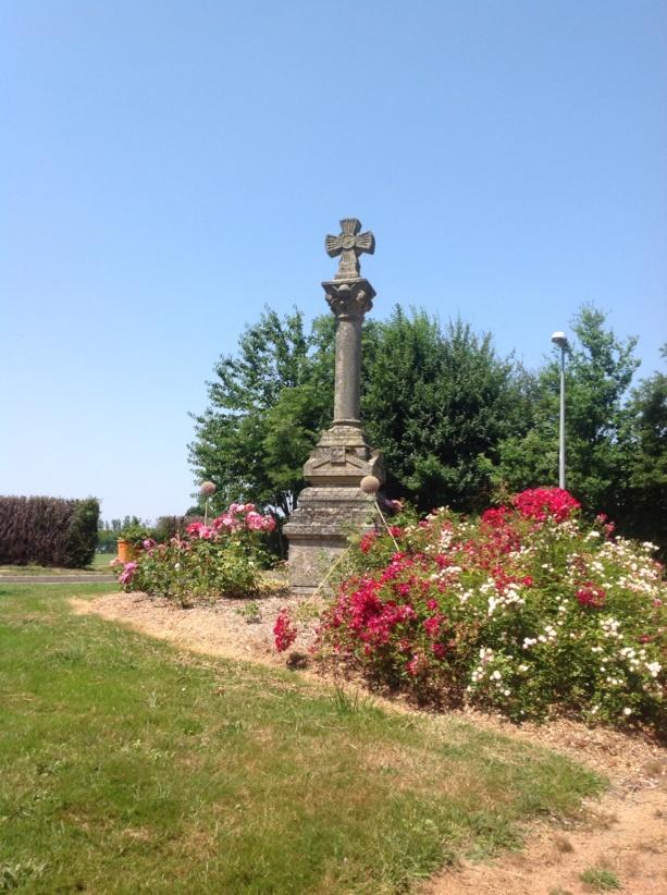 La croix du chêne Landry