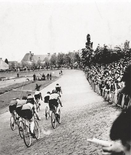Le vélodrome de Oisillonnette en 1949.