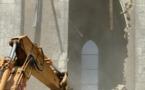 Déconstruire, démolir, dynamyter… en Anjou. Le patrimoine peut en voir de toutes les couleurs. Exemple à Sainte-Gemmes d'Andigné.